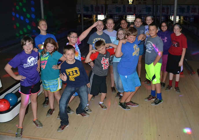 UMYF Bowling Night participants