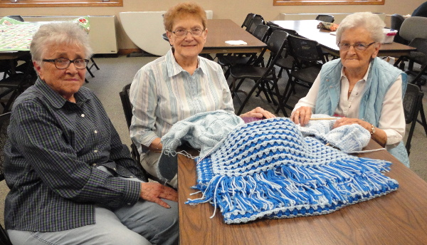 United Methodist Women Special Group - Knit Wits photo
